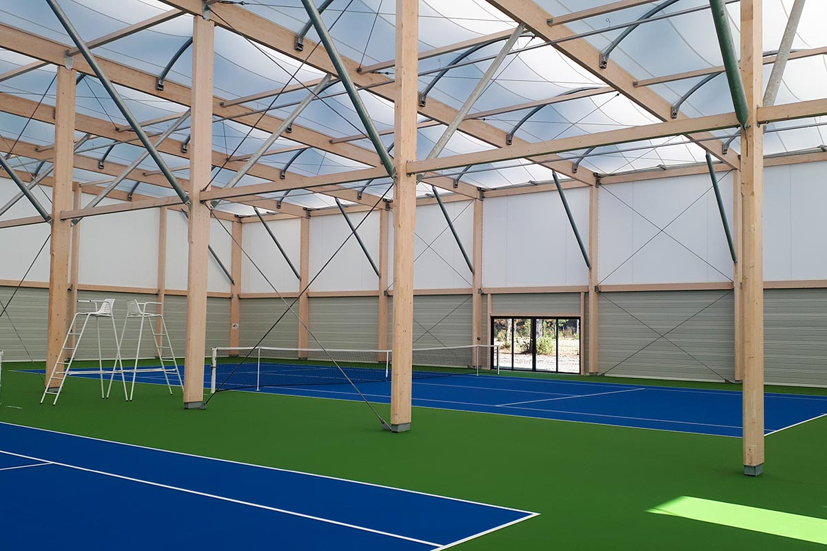 Picture Of The Covered Tennis Courts Of The Teich Tennis Club Made By The Agency Bulle Architectes.